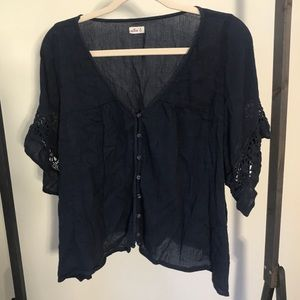 Hollister Top with Lace Trim Sleeves
